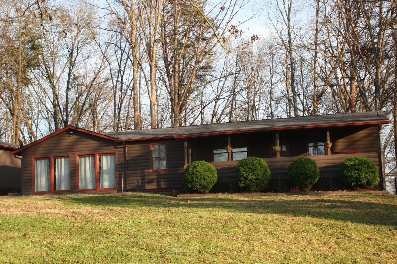 Spacious Log Cabin Style Home