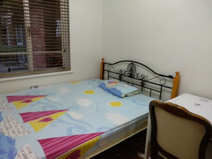 Private room3 in leafy and quiet Beecroft