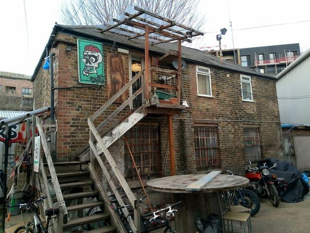 Hackney Wick Penthouse