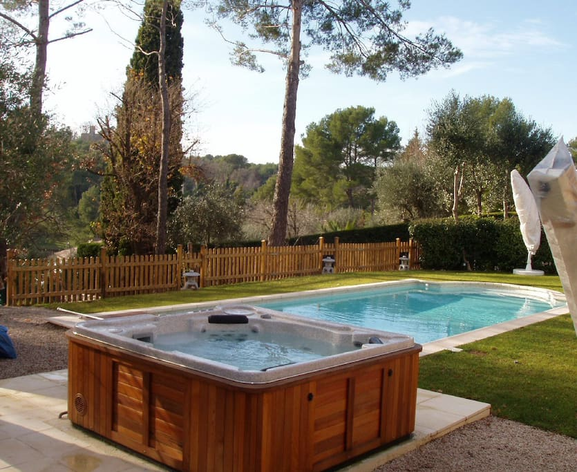 heated pool on request; outdoor SPA, solar shower