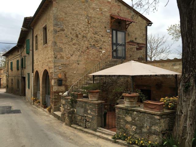 Casetta Gavignano - Poggibonsi - House