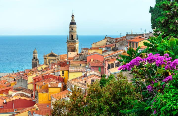 Just 15min from MONACO / Monte - Carlo and Italy