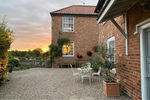 Pretty & welcoming cottage in Averham Park