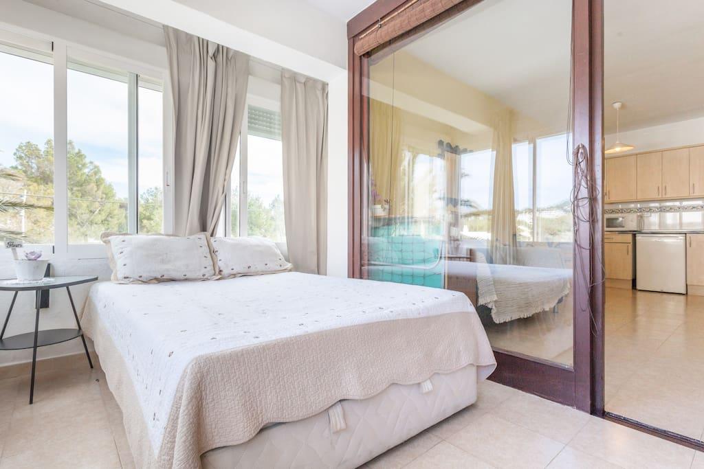 Apartamento con piscina y playa wohnungen zur miete in for Apartamentos con piscina y playa