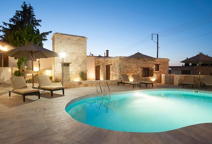 New Traditional Village Apartments - Drouseia, Paphos, - Huoneisto