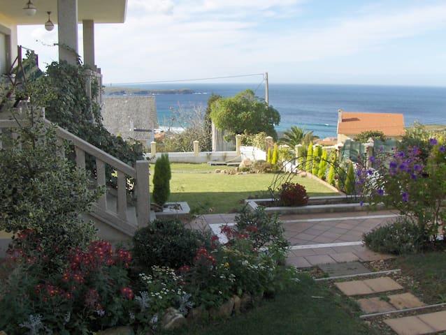 Garden Villa Spectacular Ocean View - Valdoviño - House