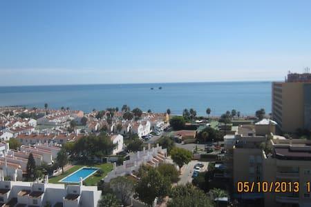 LÚZ, MAR ... PLAYA Y PAZ - Málaga
