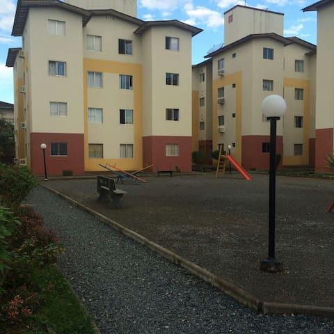 Todo mobiliado, dois quartos e vaga - Blumenau - Apartamento