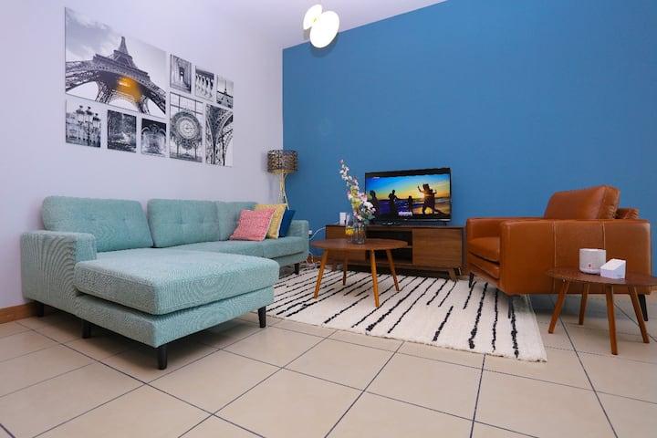 Elegant 1- bed/2 bath apartment with ocean view