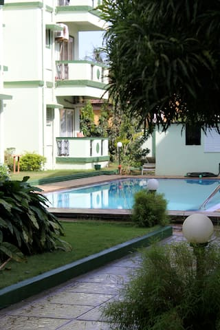Relax and unwind @ Peace Haven - Candolim - Appartement