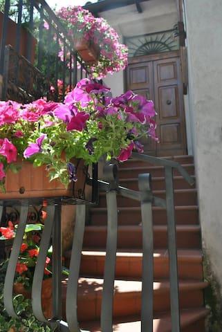 Welcome to Italy  Umbria Spoleto! - Messenano - 단독주택