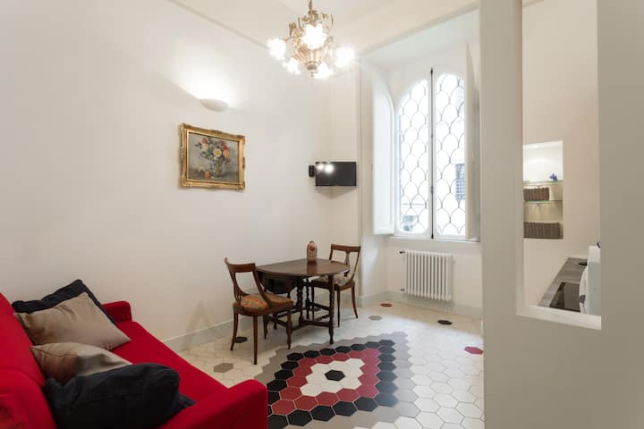 Cosy apt. Rome centre 15min walk to Trevi fountain
