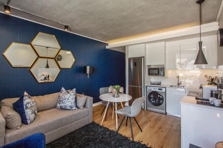 One bedroom Deluxe apartment photo 0