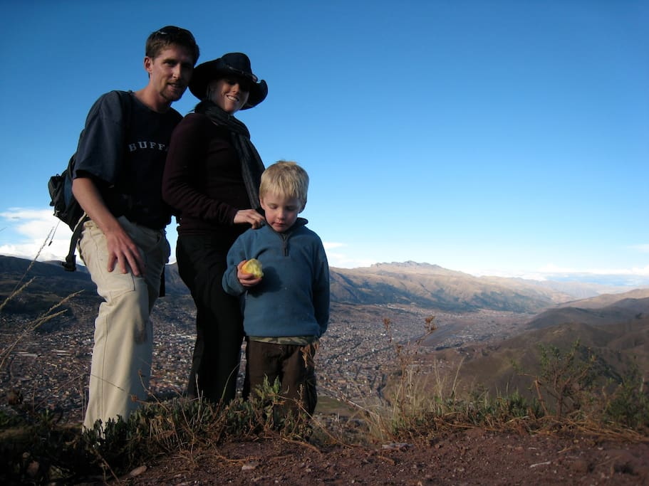 A hike to a peak above Cuzco with Bill, Nic (6 months pregnant) and Liam