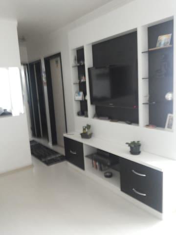 APTO AO LADO DO ITAQUERÃO - São Paulo - Wohnung