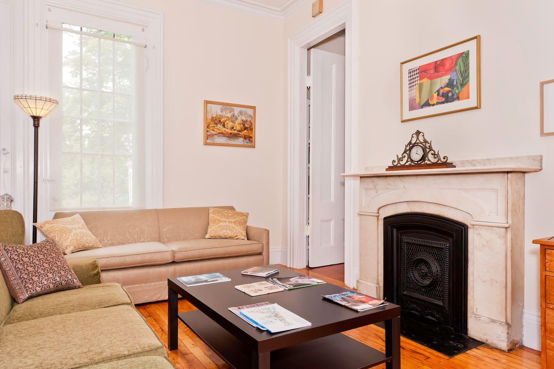 Cozy Sunporch, Quick Downtown - Häuser zur Miete in Dorchester ...