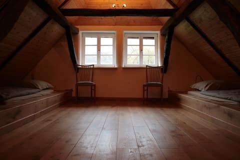 Liebevoll restaurierte Wohnung auf dem Voglerhof