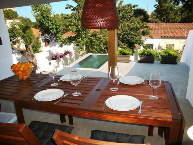 Casa do Pescador - 2 quartos jardim mini-piscina