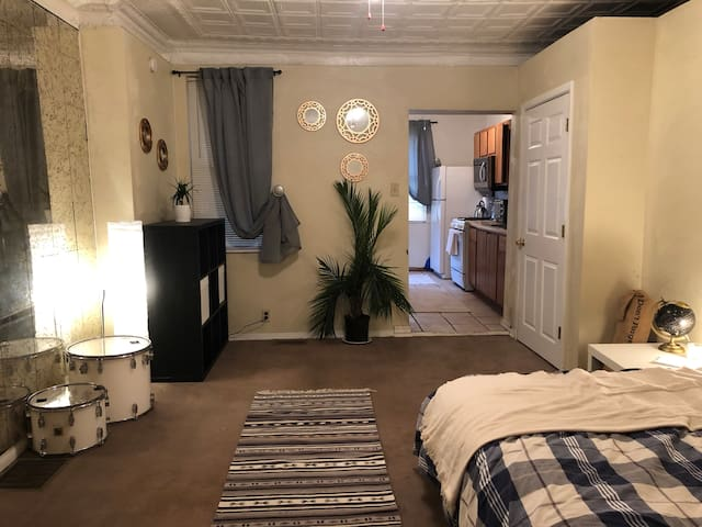 Dog friendly one bedroom in Bloomfield