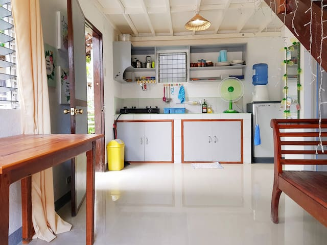 Vacation House General Luna Siargao 2 to 6 pax
