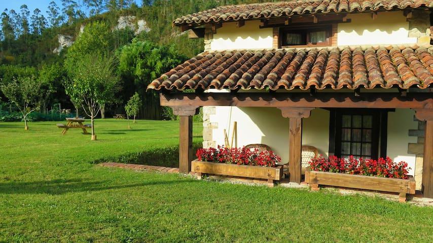 CASA DE CAMPO  PARA DOS PERSONAS - El Barcenal - Huis