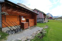 Golfing at Overvoll farm. Golf clubs and trollies available for rental. Green Fee only NOK 150,- a day!