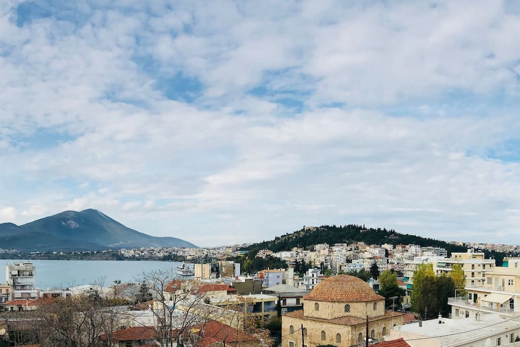 Studio with 360 views of Chalkis