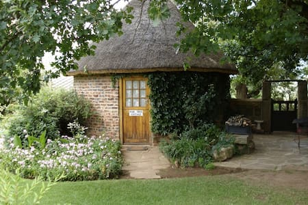 Oak Tree Cottage on De Molen Farm - Clarens
