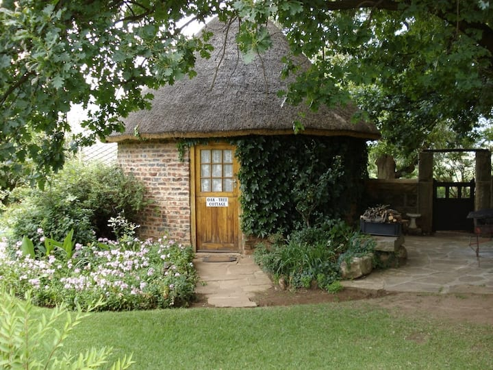 Oak Tree Cottage on De Molen Farm