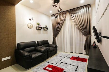 NEW, COZY AND MODERN CONDO IN CITY - Kota Kinabalu