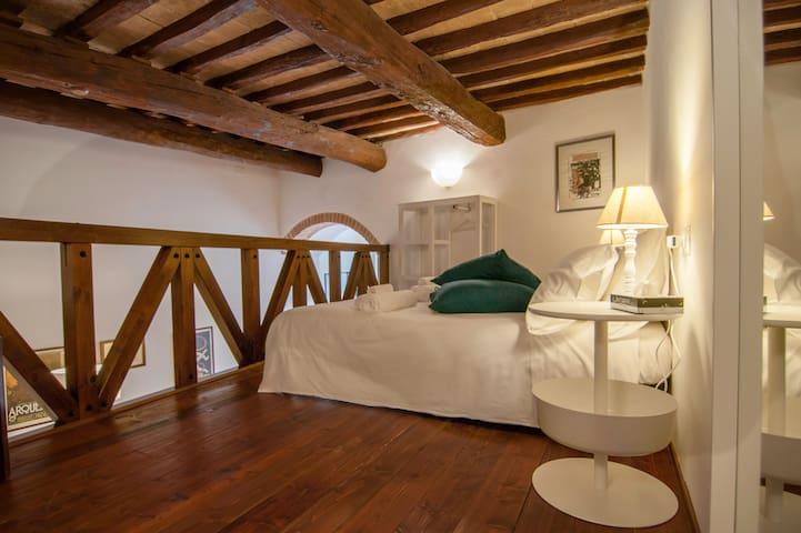 Cozy Loft Vannucci