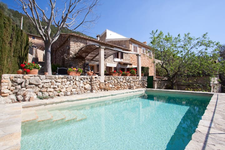 LOVELY COTTAGE WITH SWIMMING POOL  - Alaró - Haus