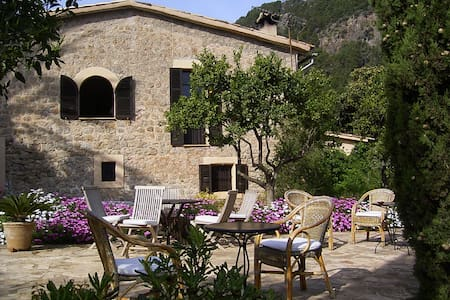 Romantic hideaway close to the sea - Sóller