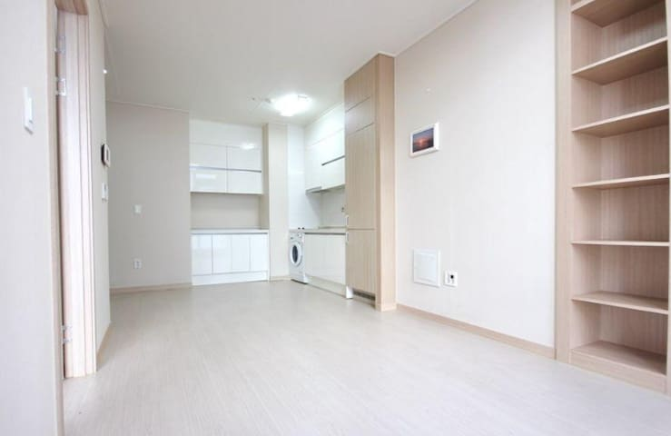 New Clean & Comfort Apartment