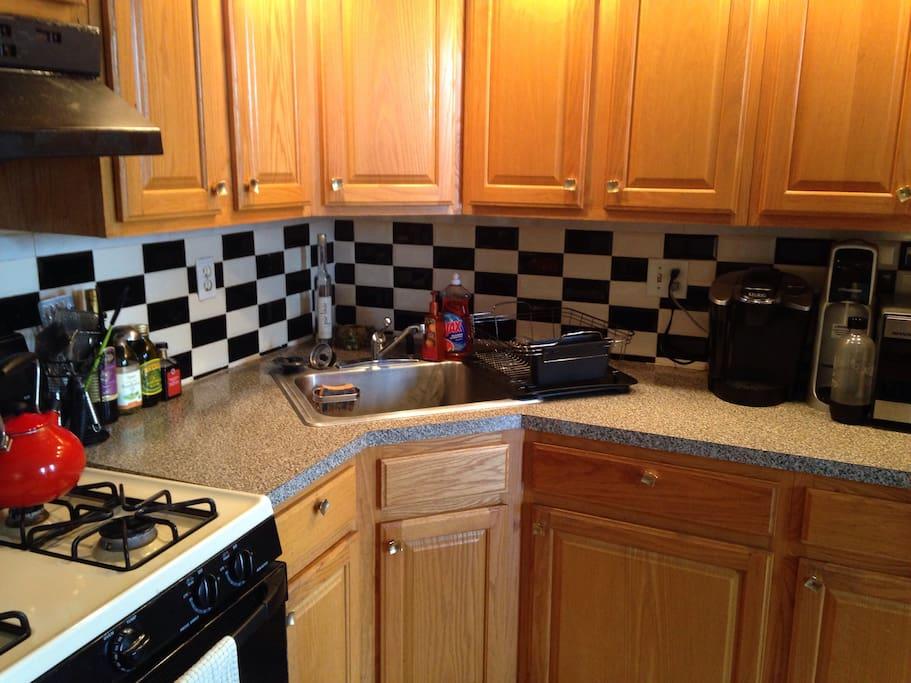 More kitchen!