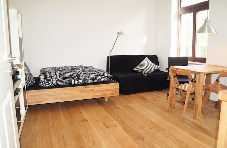 Apartment, central, charming, cosy - Köln - Huoneisto