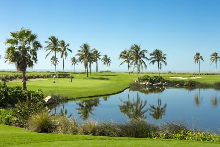 Great Deal! 1BR Villa! 3 Pools, Tennis, Beach, BBQ