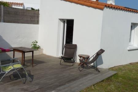 Petite maison 5 personnes plage à 150m - Saint-Hilaire-de-Riez