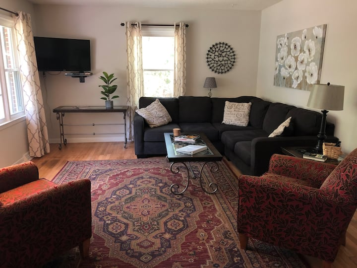 3 bed/2 bath Carrboro ranch convenient to downtown