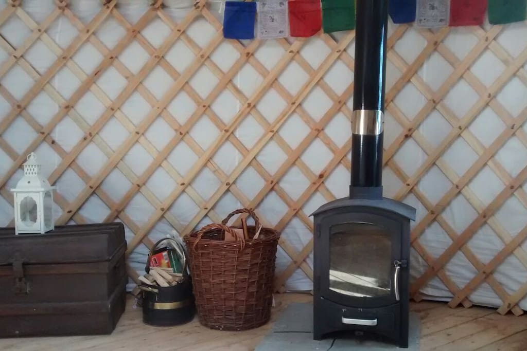 Woodburner with log basket