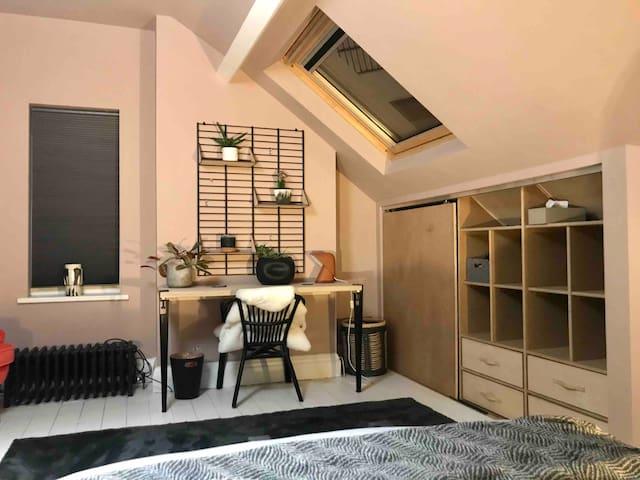 Cool loft studio opp park Old Trafford 5 mins city