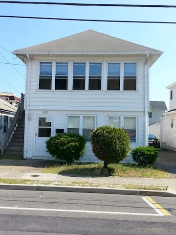 Marino's 1st floor Apartment (3 units total) - Seaside Heights - Pis