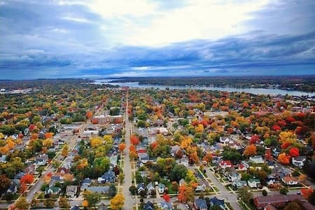 BEST FALL VACATIONS - HOLLAND, MI - Holland - Talo