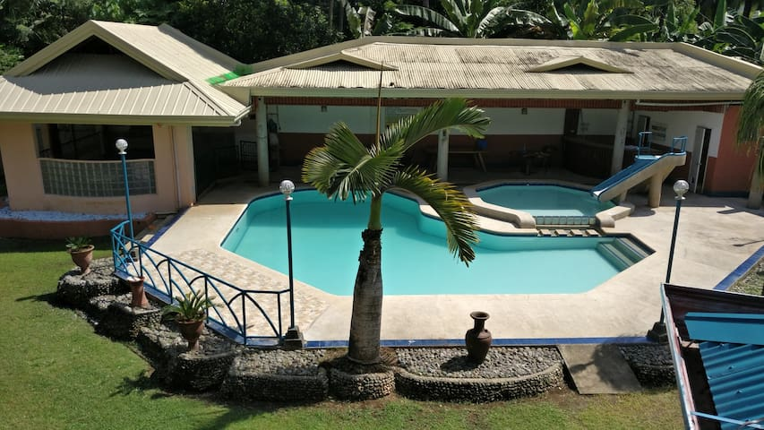 Resort house with swimming pool, billiards table.
