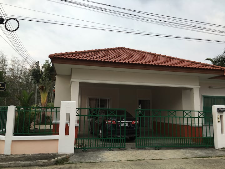 Rent house near Airport (Free to send to Airport)