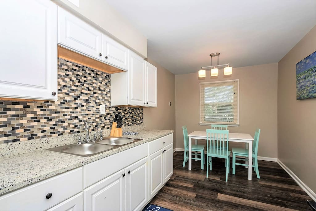 Whip Up Something Delicious in the Renovated Kitchen and Breakfast Nook