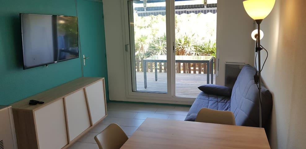 Appartement T2 en front de mer   Piscines privées
