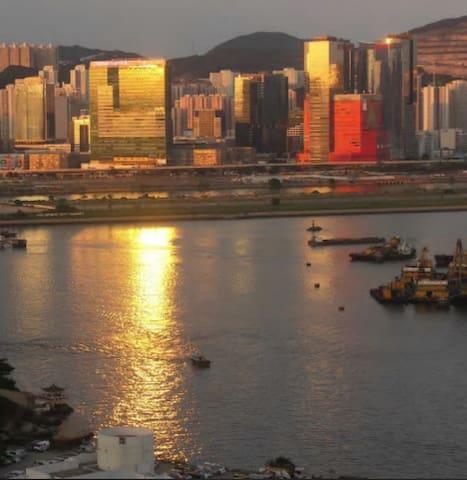 High floor/Bay view in Kowloon !!