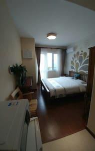 长城脚下中式公寓,仰看司马台长城,俯阅古北水镇 - 北京