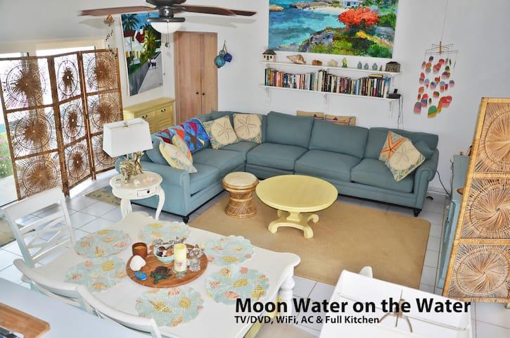 Ocean Front Villa - Stunning Views & Tranquility - Stella Maris - Huis